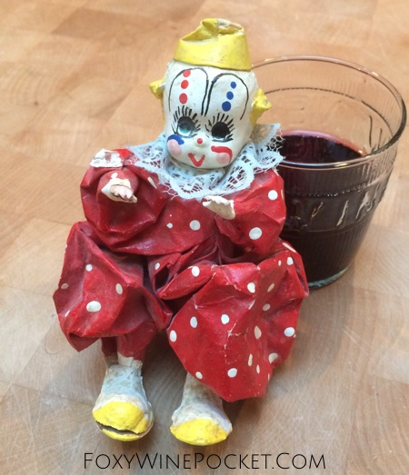 My friend Ashley contends that clowns are fun and joyful. I set out to prove her wrong. @foxywinepocket | humor | clowns